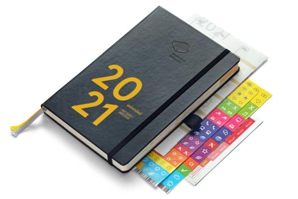 compact extended 2021 Plus | mit Froschtasche und Stiftschlaufe