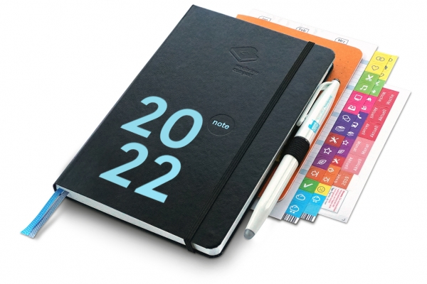 compact note Premium 2022   mit Froschtasche, Stiftschlaufe, FriXion, Griffregister, Tafelplaner, we